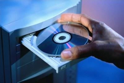 Как сделать загрузку с диска с помощью BIOS