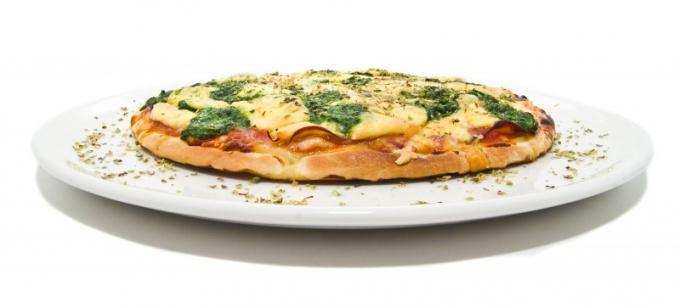 Как испечь вкусную пиццу