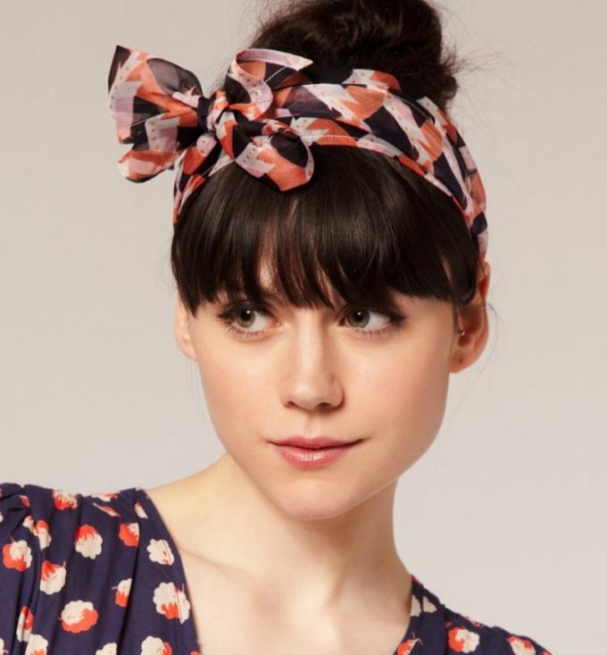 Как повязать шарф на голове: яркие идеи