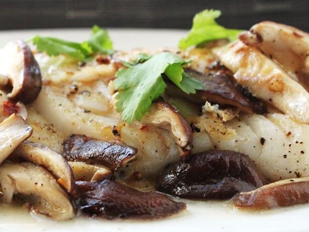 Как приготовить запеканку из рыбы с грибами в аэрогриле