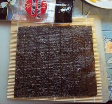 Как приготовить роллы с креветкой. Инструкция для начинающих.