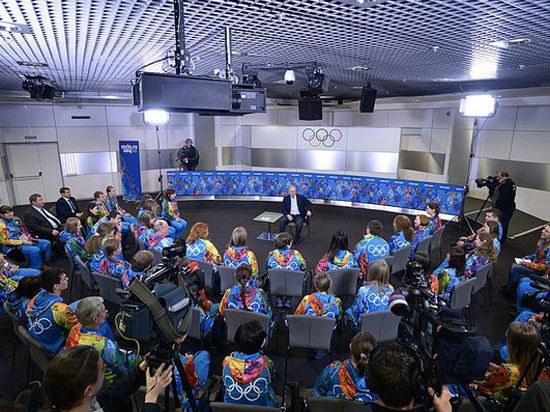 Путин на встрече с волонтерами