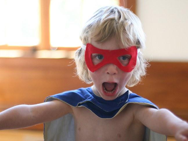 Как быстро сделать маску супергероя