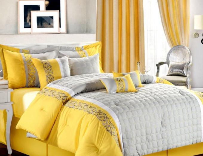 С какими цветами сочетается жёлтый цвет