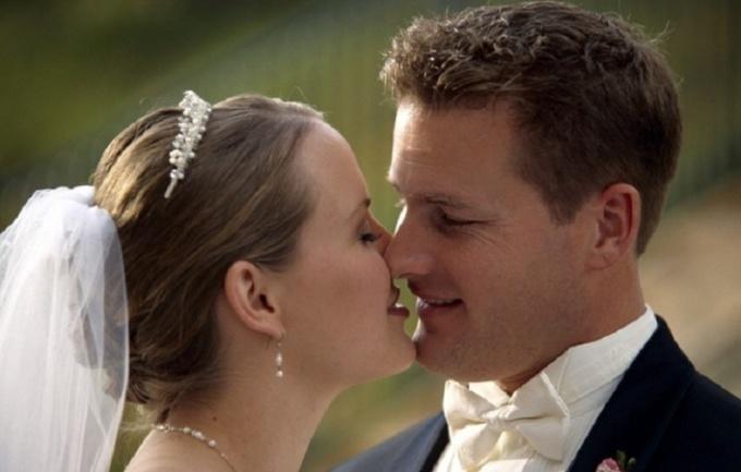 Девы и Козероги дарят свои поцелуи только при серьезных отношениях