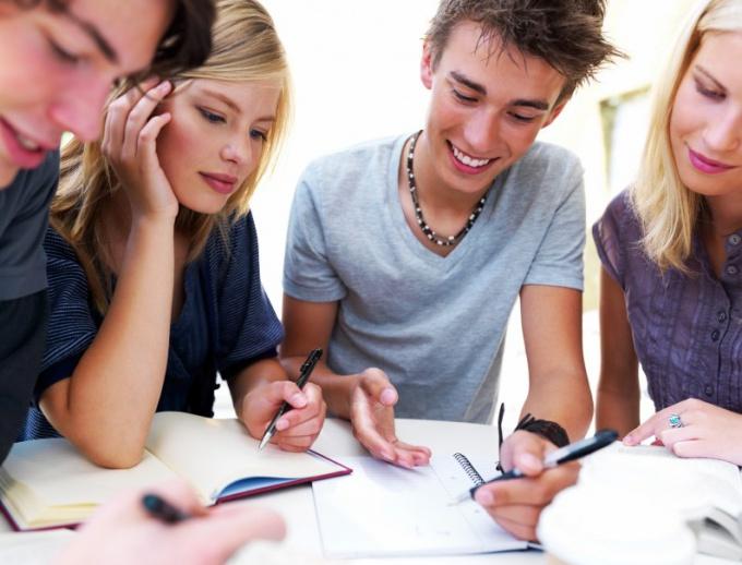 Сколько можно работать несовершеннолетним подросткам