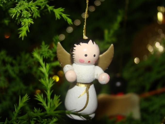 Ангела дозволено сделать в технике папье-маше