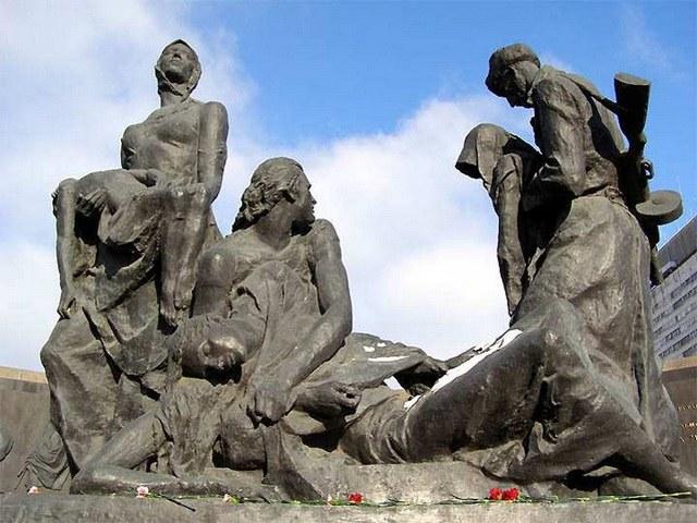 Сколько дней длилась блокада Ленинграда