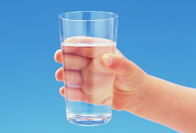 Is it harmful to constantly drink mineral water