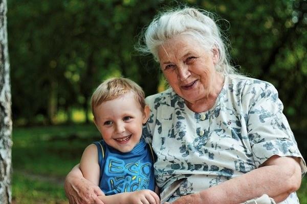 Теща может стать любимой бабушкой для вашего ребенка