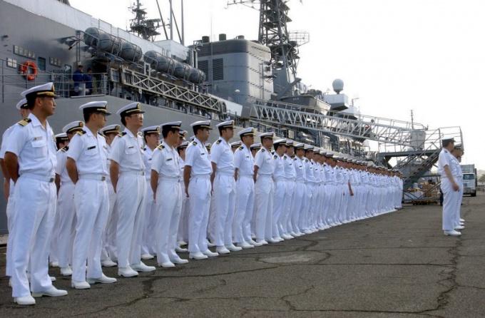 Чем отличается военный моряк от морпеха