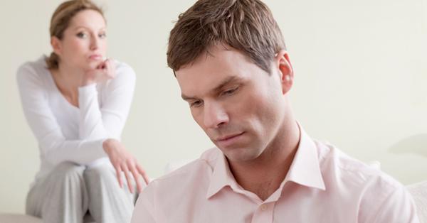 Мужчина вас стесняется – что делать и нужно ли?