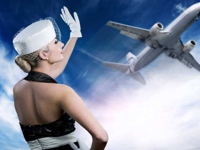Secrets of the stars: how to look good after a long flight?