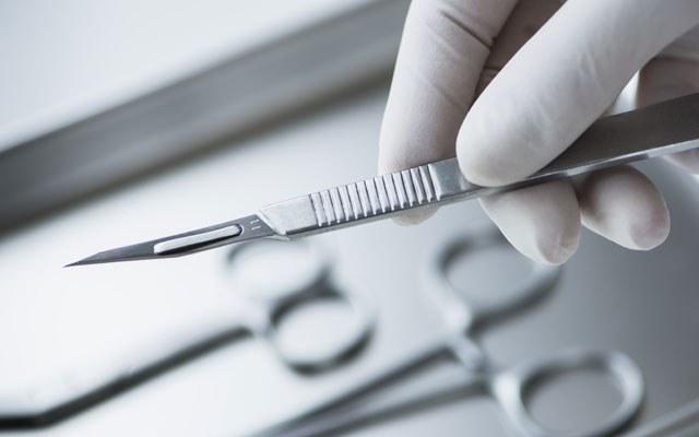 Как хирурги стерилизуют инструменты
