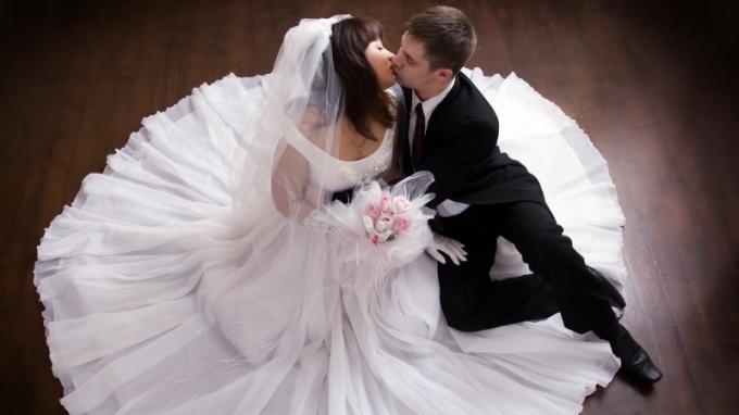 Отчего жених беспокоится перед свадьбой