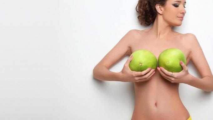 К чему снится грудь