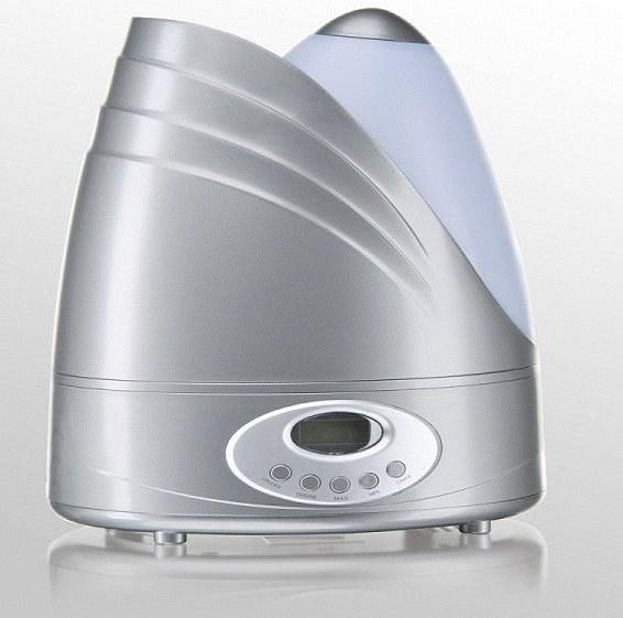 Комплексный прибор, ионизирующий и увлажняющий воздух