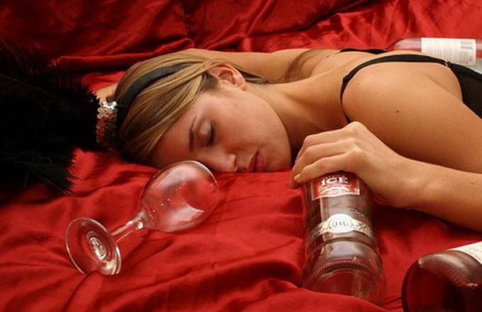 Как вылечить женский алкоголизм в 2017 году