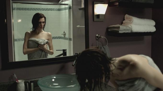 Зачем закрывают зеркала, когда умирает человек