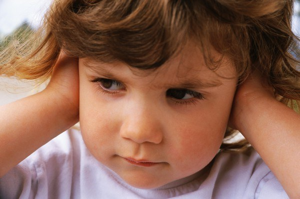 Why in the baby's ears has a lot of sulfur