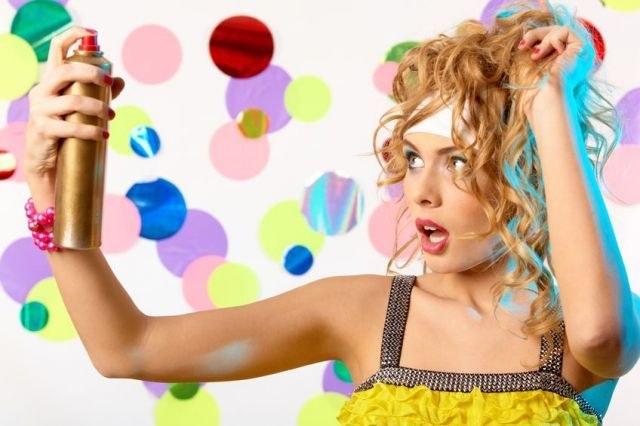 How to use liquid hairspray