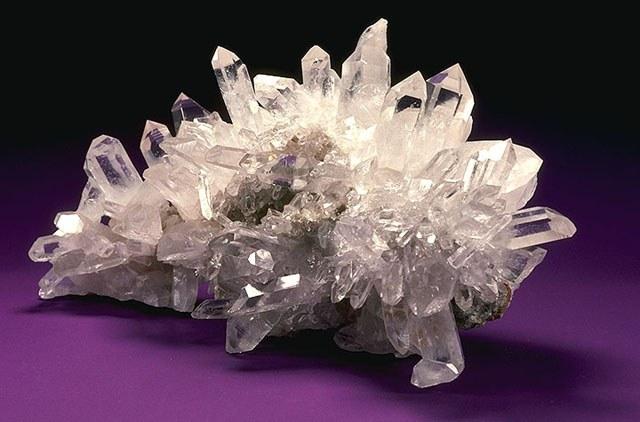 Горный хрусталь иногда называют богемский или арабский алмаз