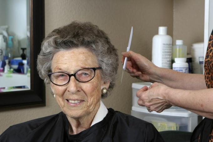 Седые волосы-признак старения организма