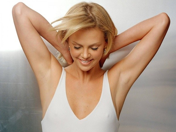 A woman should monitor the cleanliness of the skin underarms