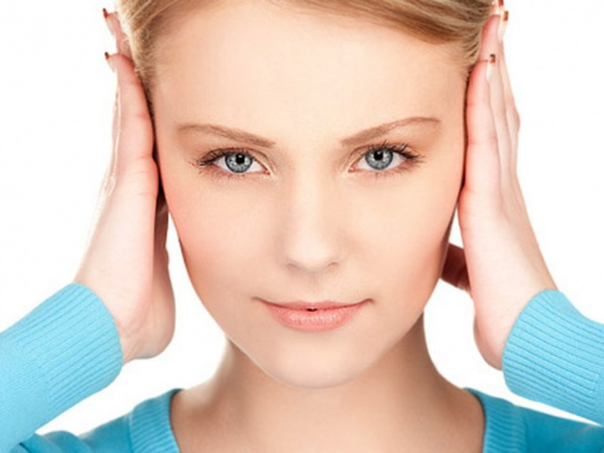 Как научиться двигать ушами