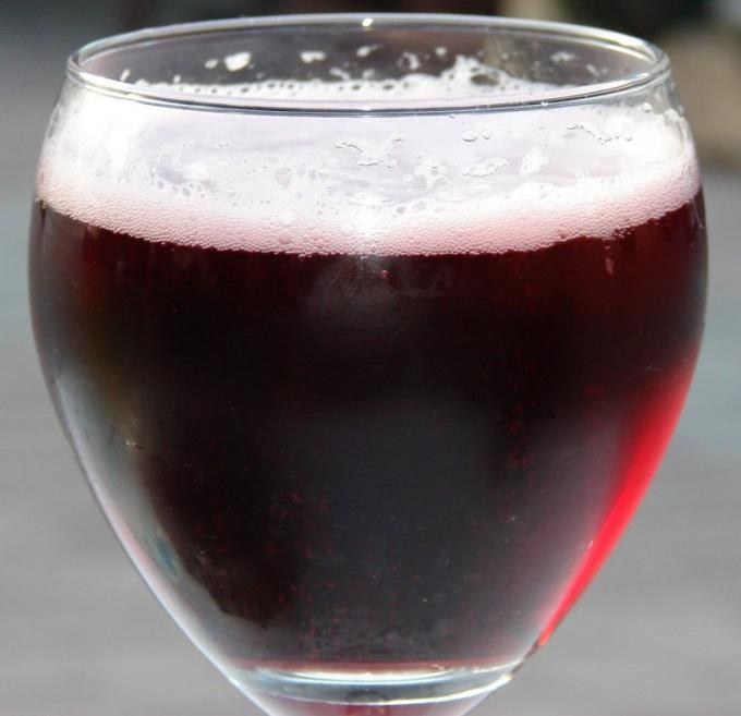 Как называют питейную емкость для пива