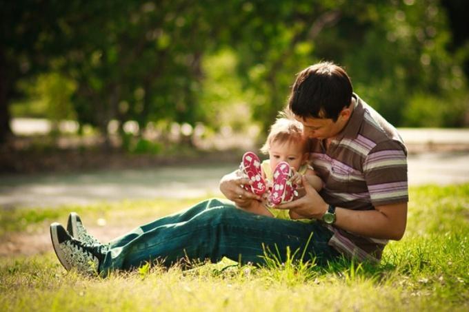 Гарик Харламов - счастливый отец семейства