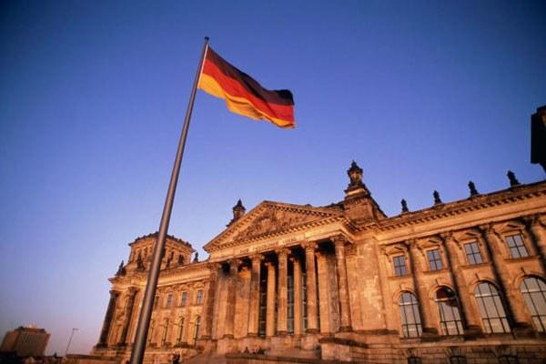 Почему немцев называют немцами, а не германцами