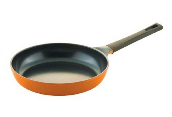 Как пользоваться сковородой с поврежденным антипригарным покрытием