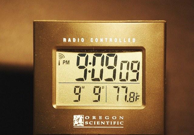 Что такое атомная синхронизация времени