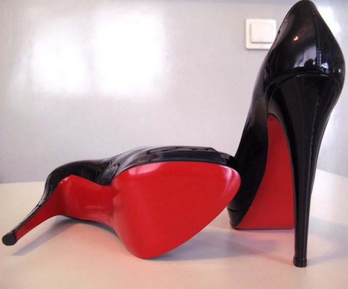 Туфли Christian Louboutin наиболее желанны модницами во всем мире.