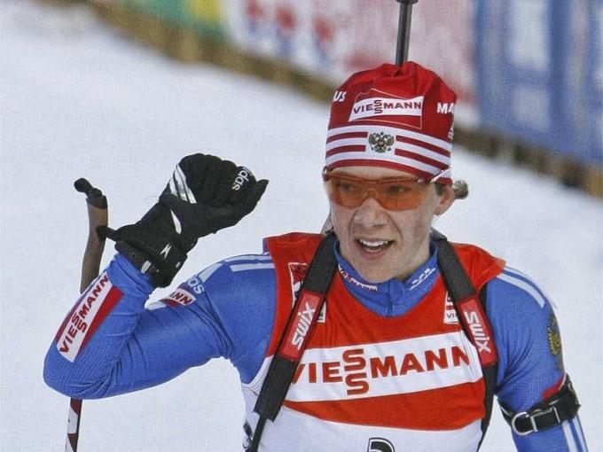 Лучшей из участников биатлонного турнира Сочи стала Дарья Домрачева, выигравшая три золотые медали