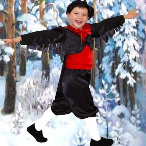 У снегиря красная грудка и темные крылья