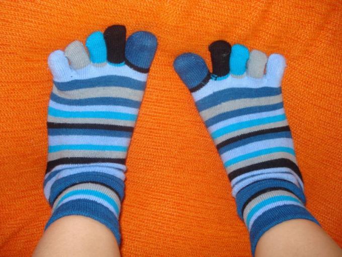 Некоторым нравятся носки с пальцами