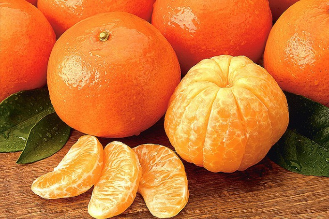 How to massage with hot tangerines