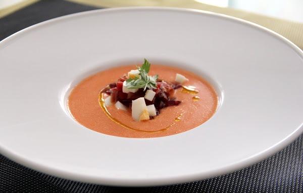 Как приготовить летний испанский суп сальморехо (salmorejo)