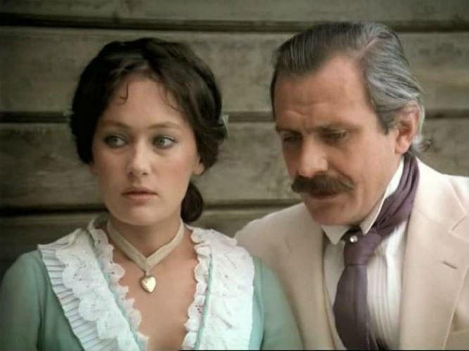 После роли в «Жестоком романсе» Лариса Гузеева проснулась знаменитой
