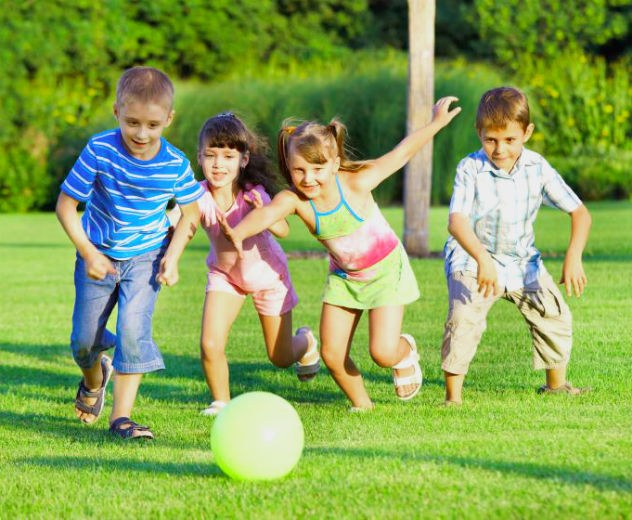 На лесу или у речки детям понравятся подвижные конкурсы