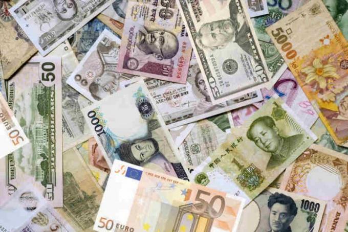 Как прогнозировать курсы валют