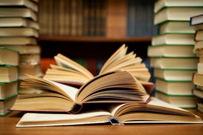Какие книги иностранных авторов следует прочесть