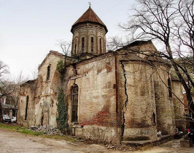Старая церковь в Армении