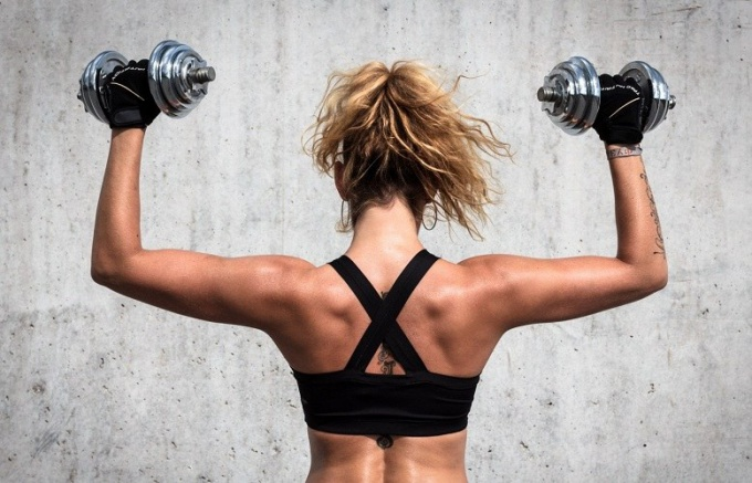 Which dumbbell to choose the girl
