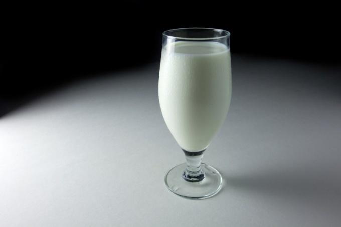 Как пить кефир на ночь