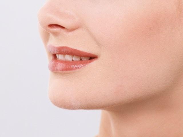 Профессионально изготовленную коронку не отличить от натурального зуба