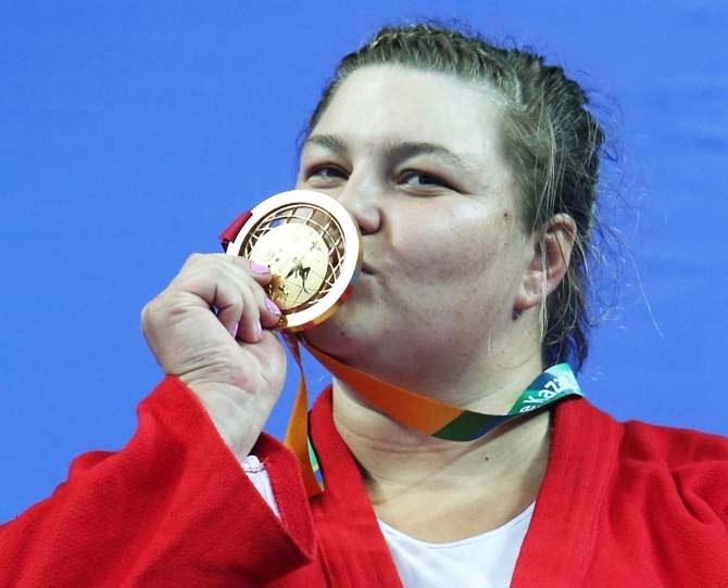 Одна из 155 золотых медалей Казани-2013 досталась Анастасии Ковязиной
