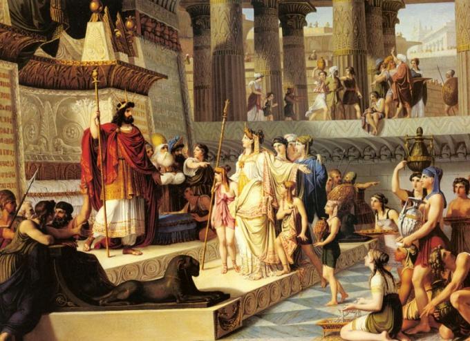 Из чего был сделан трон царя Соломона